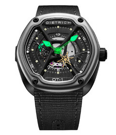 Dietrich organic time steel with green hands